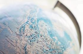 31438_United_States_on_the_Globe